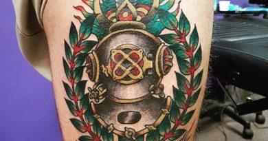 3D Diver Tattoo