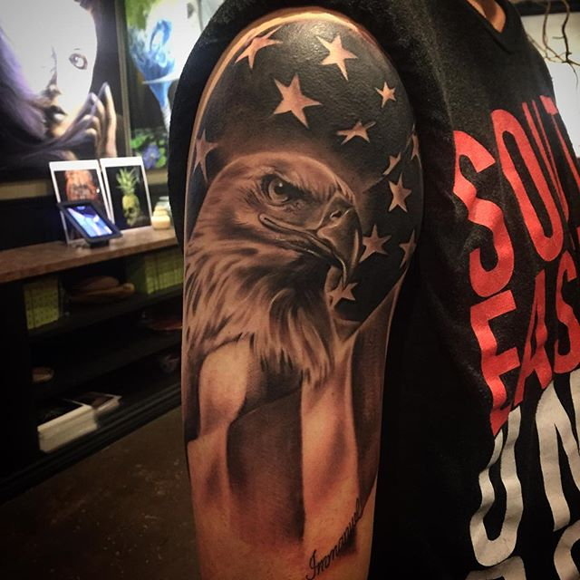 American Eagle Right Shoulder Black & White Tattoo